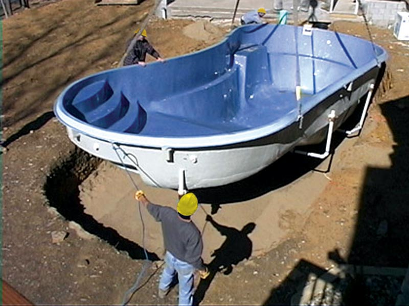Four Benefits of Fiberglass Pools