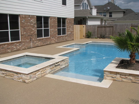 Tips to Help You Find an Experienced Pool Builder