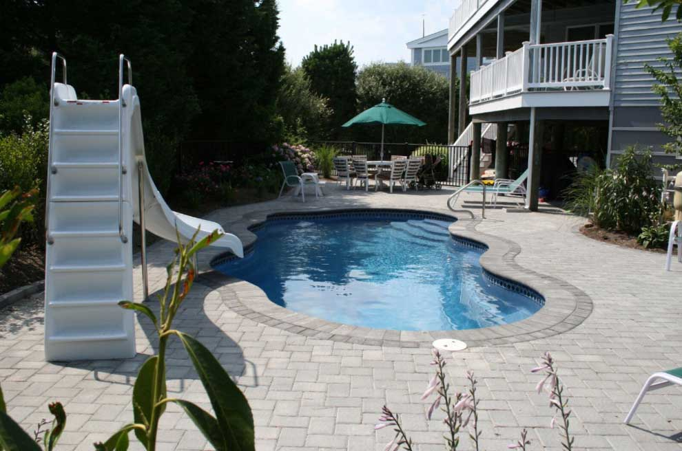 Advantages of Choosing a Small Inground Pool