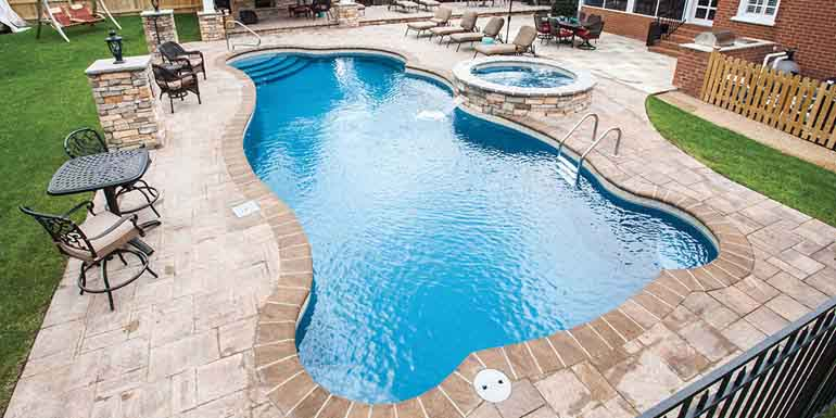 Five Factors To Consider When Choosing Pool Coping