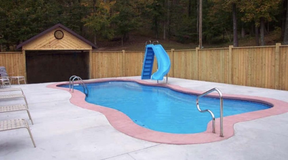 4 Mistakes to Avoid When Hiring A Pool Contractor