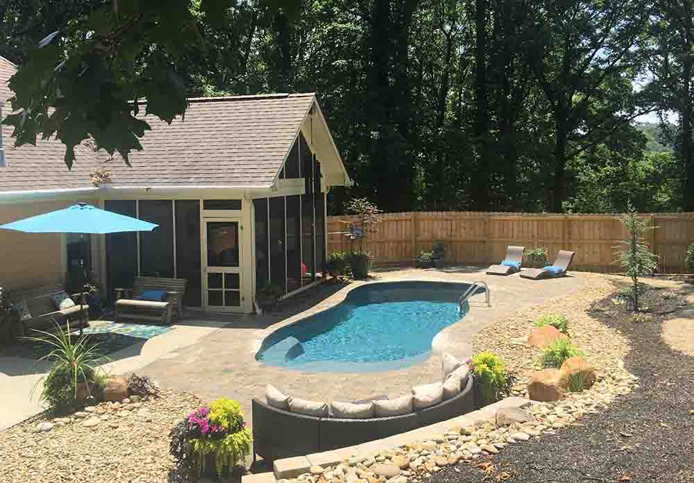 What You Should Look for in a Pool Contractor
